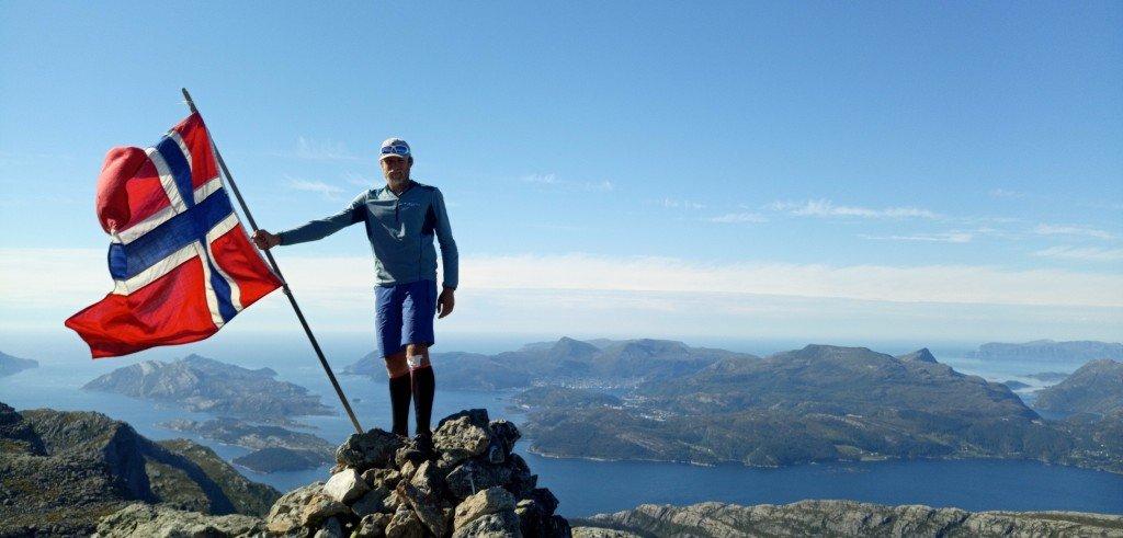 Au sommet d'Hornelen