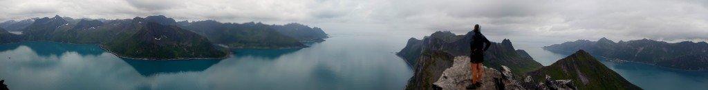 Panorama depuis le sommet du mont Segla