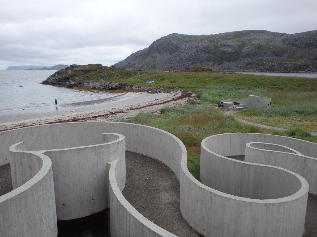 Petite création artistique norvégienne pour descendre sur la plage